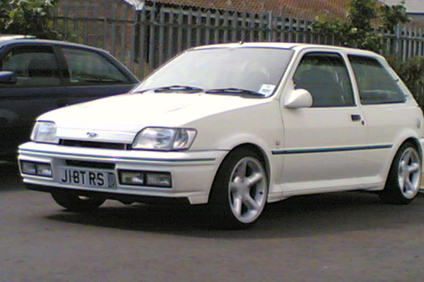mk 3 fiesta rs turbo modified feature cars modified enthusiasts. Black Bedroom Furniture Sets. Home Design Ideas